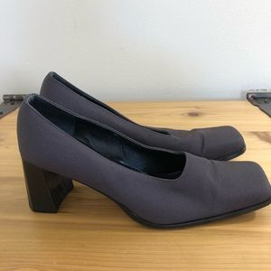 Kenneth Cole grey block heel, size 8.5M
